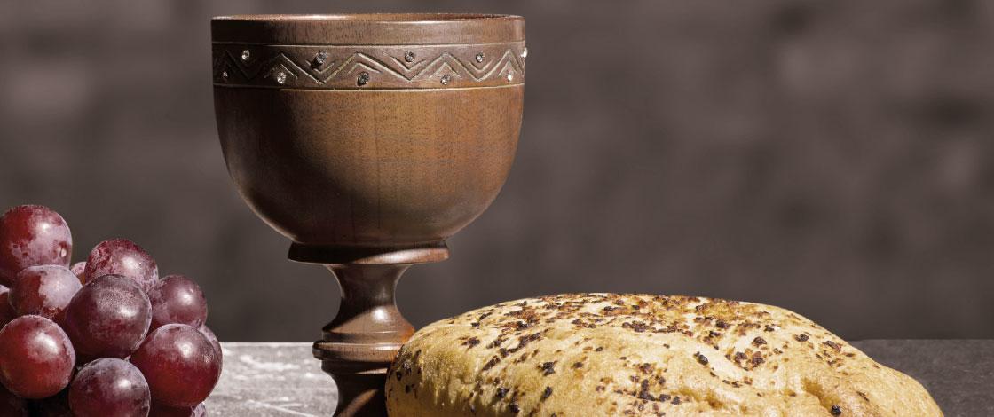 Kelch mit Trauben und Brot, Abendmahl