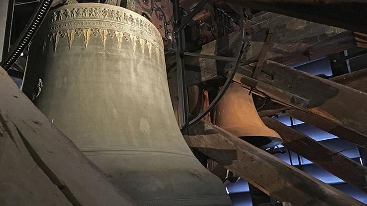 Glockenstuhl des Berner Münsters
